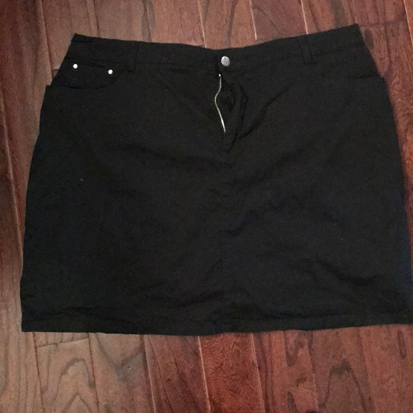 croft & barrow Dresses & Skirts - Black Twill Skort, Skirt with Shorts